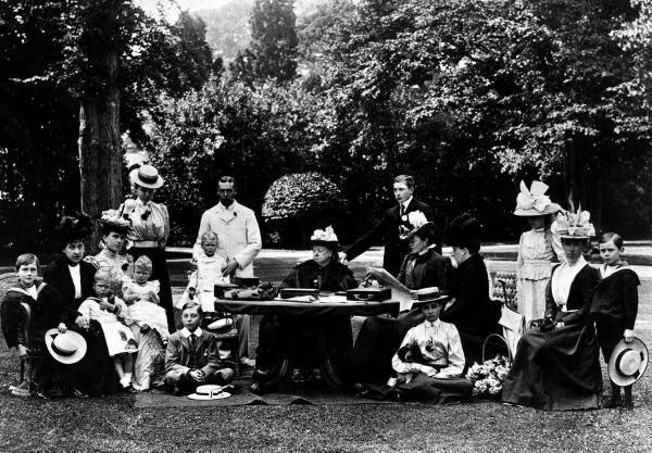 pictures of queen victoria and her family. Queen Victoria and her large family