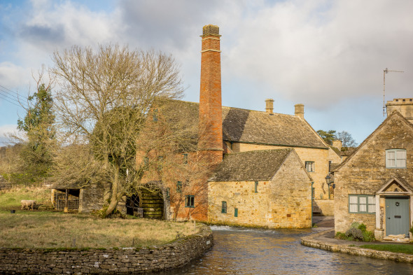 Sunday Photo: A Lovely Photo of The Old Mill in Lower Slaughter in the Cotswolds For Your Desktop Wallpaper