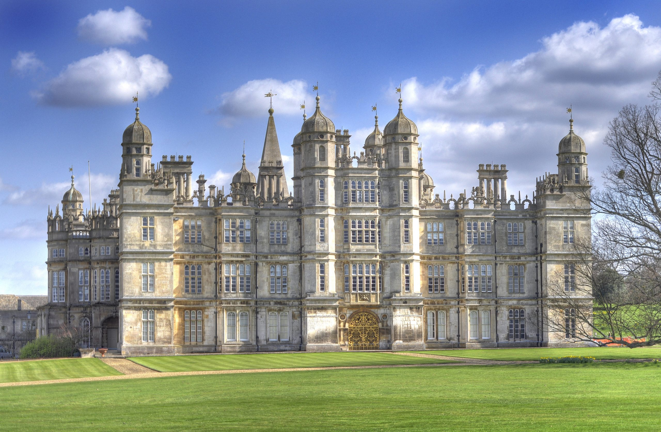 Great british houses burghley house an elizabethan marvel for Pictures for house